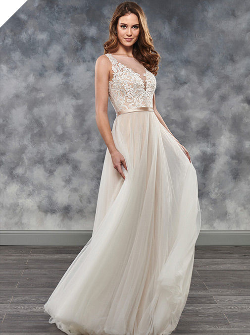 Lavish Tulle Bateau Neckline A-line Wedding Dress With Lace Appliques & Belt